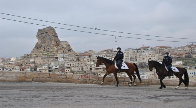 Atlı jandarma birlikleri Kapadokya'da devriyeye başladı