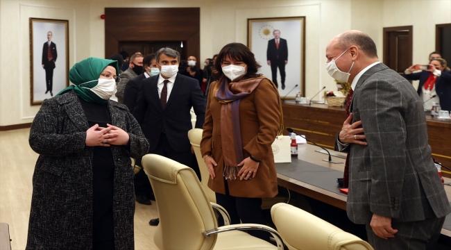 Bakan Selçuk, Roman asıllı milletvekilleri ve vatandaşlarla bir araya geldi: