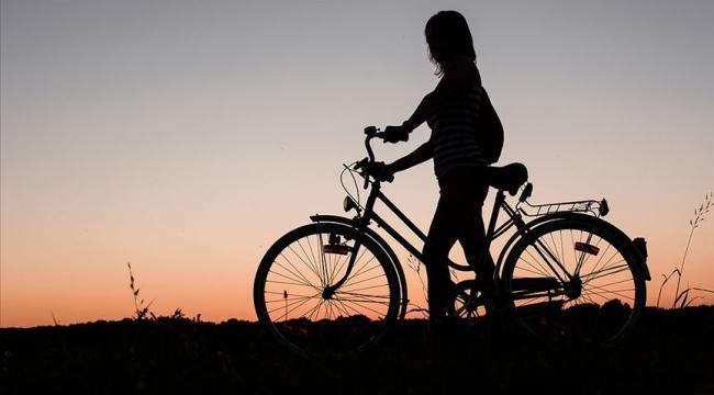 Çaldıkları bisikletleri internette satışa çıkaran 10 şüpheli yakalandı