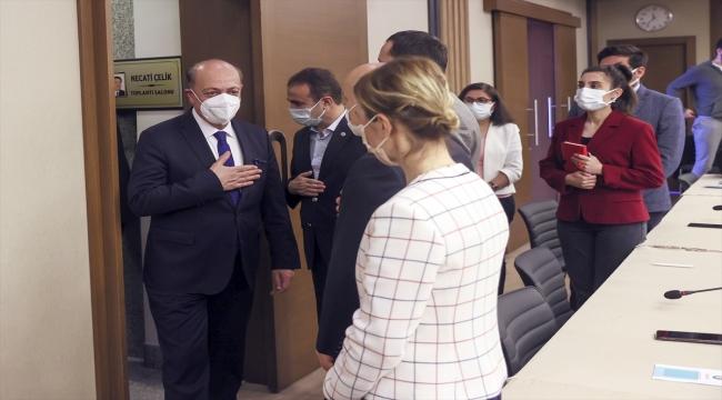 Çalışma ve Sosyal Güvenlik Bakanı Bilgin Hak-İş'i ziyaret etti: