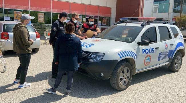 Edirne'de araçlarıyla alışverişe gelenlere 3 bin 150 lira ceza yazıldı