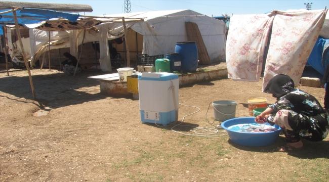 Gaziantep'e gelen tarım işçilerinin aşırı sıcak altındaki mesaisi başladı