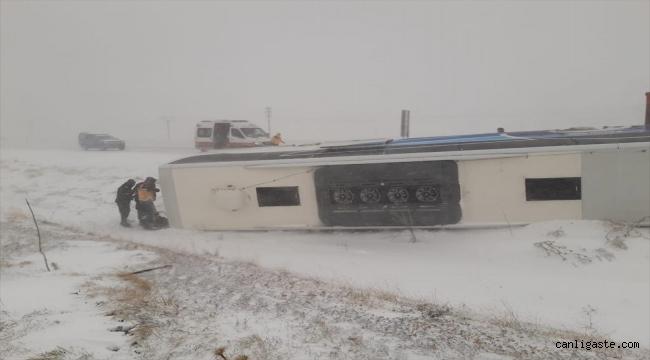 Konya'da yolcu otobüsü devrildi: 6 yaralı