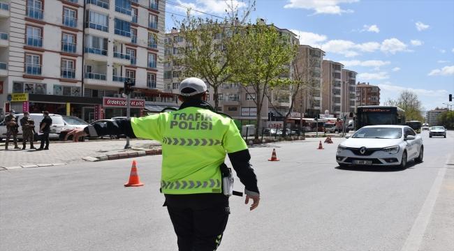 """Konya, Karaman, Aksaray ve Afyonkarahisar'da """"tam kapanma"""" sessizliği"""