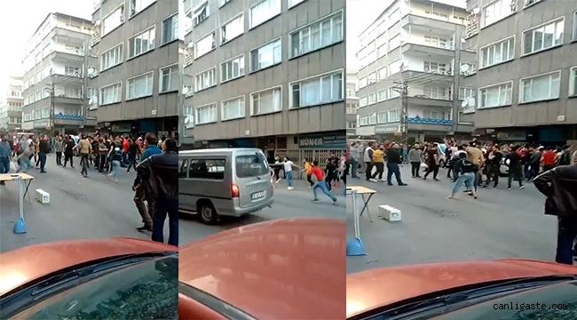 Küçük Mustafa Mahallesinde satırlı, sopalı yabancı uyruklu kavgası (Videolu Haber)