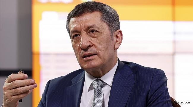 Milli Eğitim Bakanı Selçuk liselilerin sınavlarıyla ilgili açıklamasa bulundu