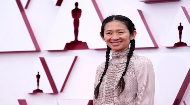 """Oscar'da en iyi film ödülünü """"Nomadland"""" kazandı"""