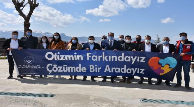 """Şırnak'ta """"Dünya Otizm Farkındalık Günü"""" etkinliği düzenlendi"""