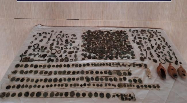 Tekirdağ'da tarihi eser niteliğinde 789 sikke ve 164 obje ele geçirildi