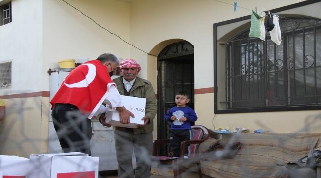 TİKA Lübnan'da ihtiyaç sahibi 10 bin aileye 150 tonluk gıda dağıtımına başladı