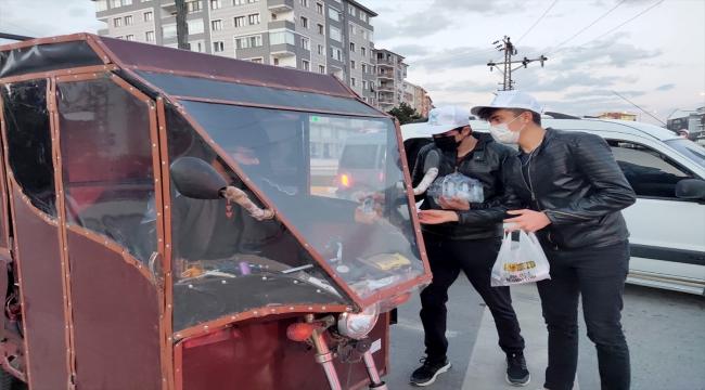 TÜGVA ramazanda gençlerle buluşmaya devam ediyor