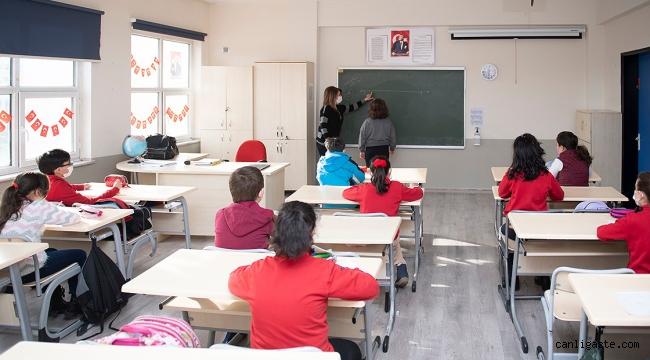 Tüm eğitim öğretim kurumlarında uzaktan eğitime geçiş 29 Nisan'da başlayacak
