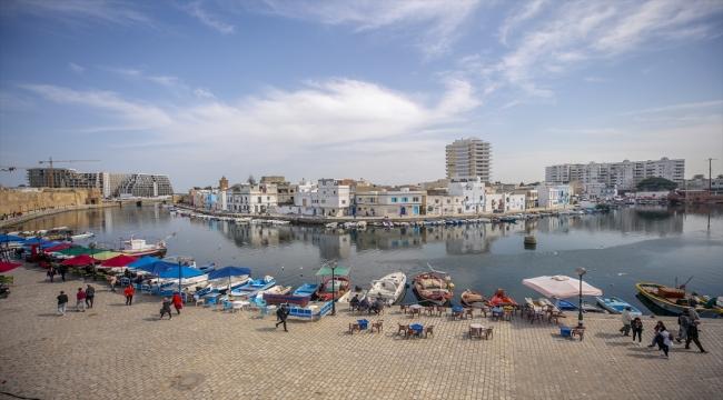 Tunus'un incisi Eski Binzert Limanı, tarihi dokusuyla turistlerin uğrak yeri olmaya devam ediyor