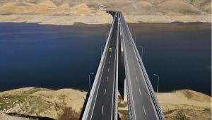 Türkiye'nin en uzun köprüleri arasına girecek Hasankeyf-2 Köprüsü yarın hizmete alınacak