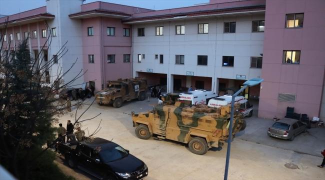 Zeytin Dalı Harekat bölgesinde şehit olan 2 askerin naaşı Kilis'e getirildi