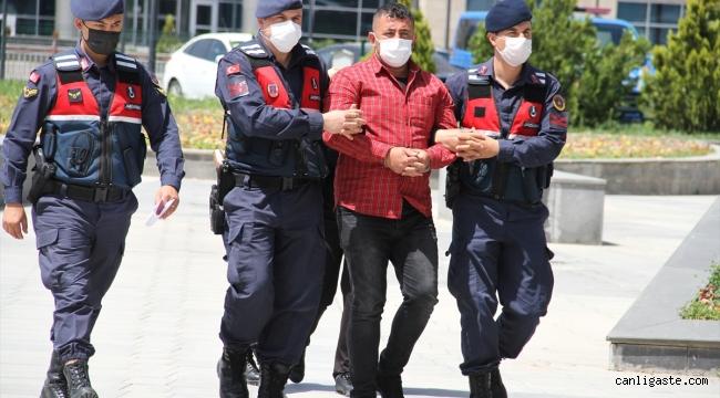 Kayseri'de çıkan silahlı kavgada ağabey-kardeş yaralandı