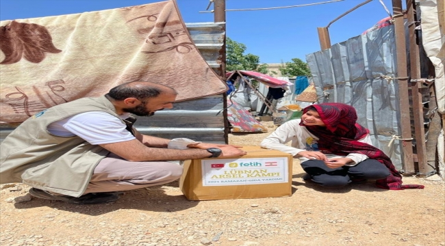 Türk yardım kuruluşu Fetih-Der'den Lübnan'daki ihtiyaç sahiplerine ramazan yardımı