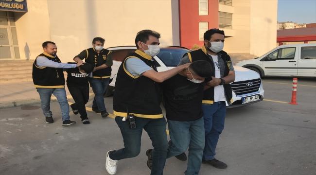 Adana'da yakalanan 2 gasp şüphelisi tutuklandı