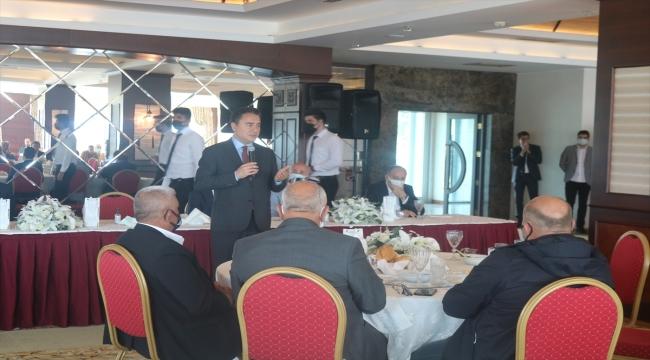 DEVA Partisi Genel Başkanı Babacan, STK temsilcileriyle bir araya geldi