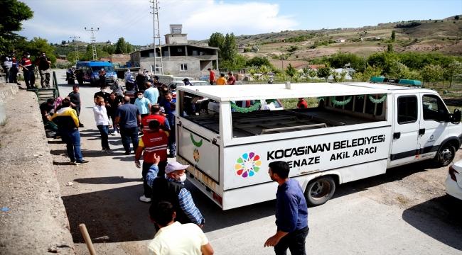 Güncelleme: Kayseri'de kayıp iki kişinin cesedi bir evin tandırında gömülü bulundu