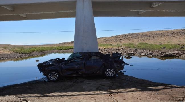 GÜNCELLEME - Şanlıurfa'da köprüden düşen otomobildeki 5 kişi hayatını kaybetti