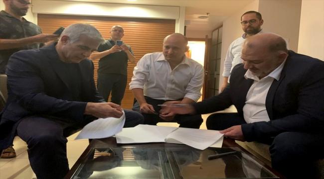 İsrail'de Netanyahu'nun rakipleri koalisyon hükümetini kurma konusunda anlaştı