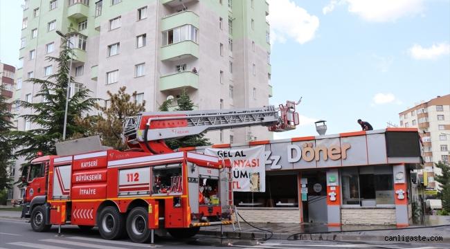 Kayseri Talas'ta lokantanın çatısında yangın