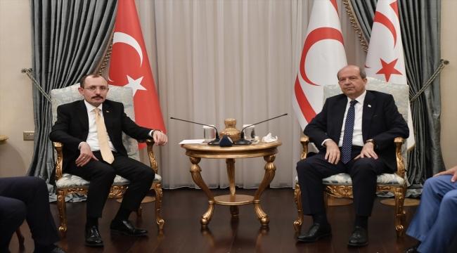 KKTC Cumhurbaşkanı Tatar, Ticaret Bakanı Muş'u kabul etti