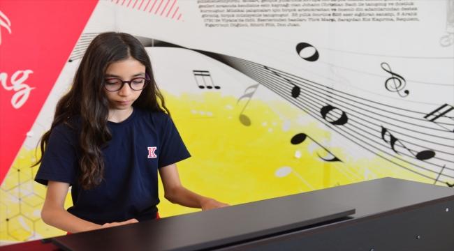 Şanlıurfa'da 11 yaşındaki Defne Ekmekçi uluslararası piyano yarışmasında birinci oldu