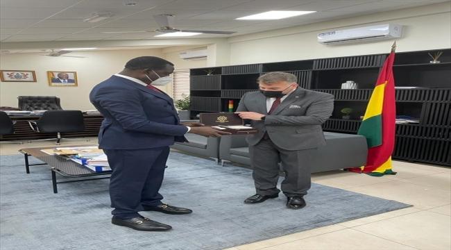 Türkiye Maarif Vakfı heyeti Gana'yı ziyaret etti