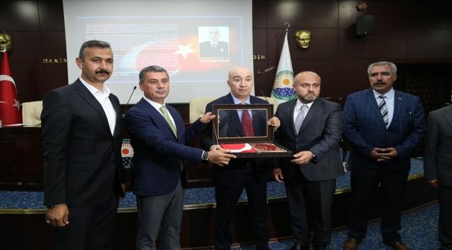 15 Temmuz gazisi Turgut Aslan, Gölbaşı Belediye Meclisi Toplantısına katıldı: