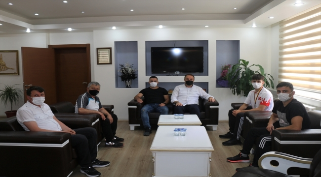 Avrupa Gençler Güreş Şampiyonası'nda gümüş madalya kazanan Taner Garip hedef büyüttü: