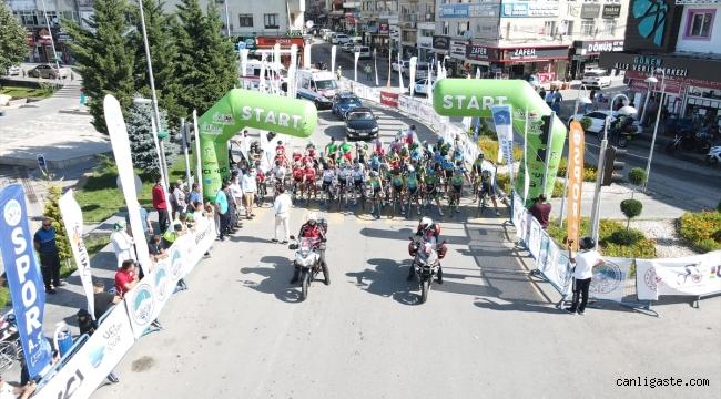 Kayseri'de Erciyes 2021 Yol Bisikleti Yarışları devam ediyor