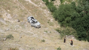 Kayseri Derevenk Vadisinde manzara izlemek için durdu aracı uçuruma yuvarlandı