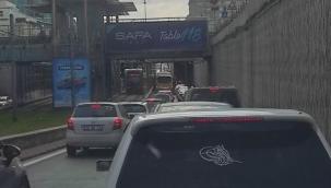 Kayseri trafiğinde bayram sonrası yoğunluk! Trafik kilitlendi