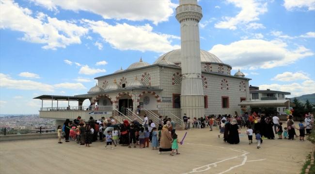 Samsun'da cami ve kurslar çocuk sesleriyle şenlendi