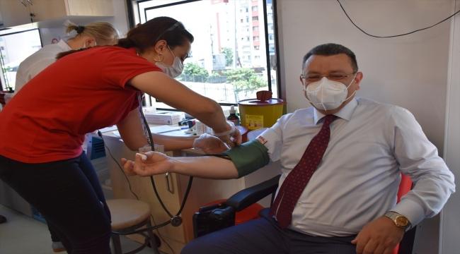 Türkiye Muhtarlar Konfederasyonundan Kızılay'ın kan bağışı kampanyasına destek