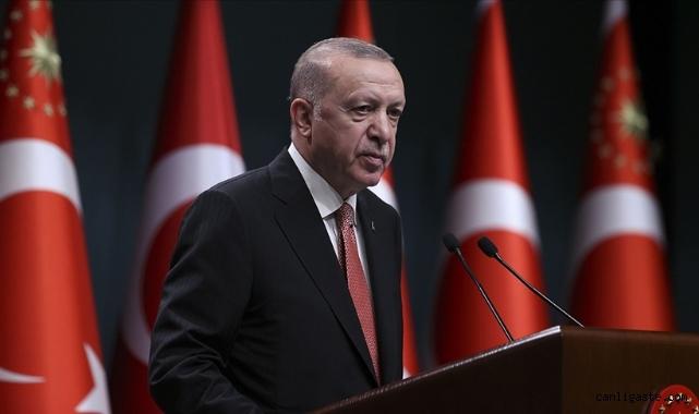 Cumhurbaşkanı Erdoğan: Parklarda, bahçelerde yatanların bir kısmı öğrenci değil