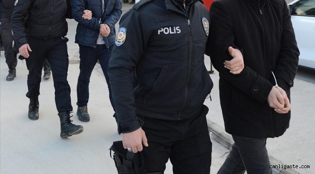 Kaçak nargile tütünü operasyonu: 8 gözaltı