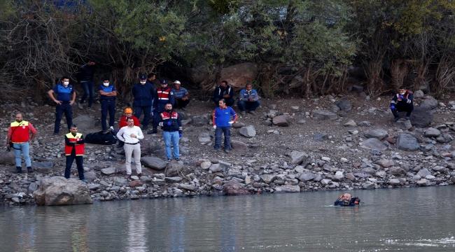 Kayseri'de takılan oltasını kurtarmak için gölete giren kişi kayboldu