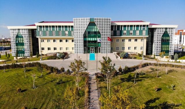 Aksaray Üniversitesinde Skandal! Sahte doçent için işlem başlatıldı