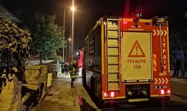 Kayseri'de müstakil evde çıkan yangında bir genç kız hastaneye kaldırıldı